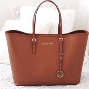Michael Kors Handbags For Women - Delhi India - Mini Bazar a8f081e0fb